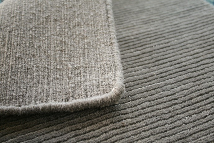 hand loomed rug quality